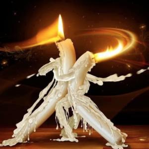 Белый приворот на венчальные свечи